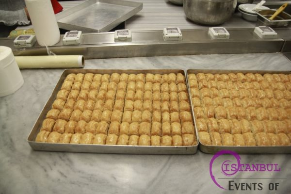 Professional Baklava and Turkish Sweets Workshop Istanbul