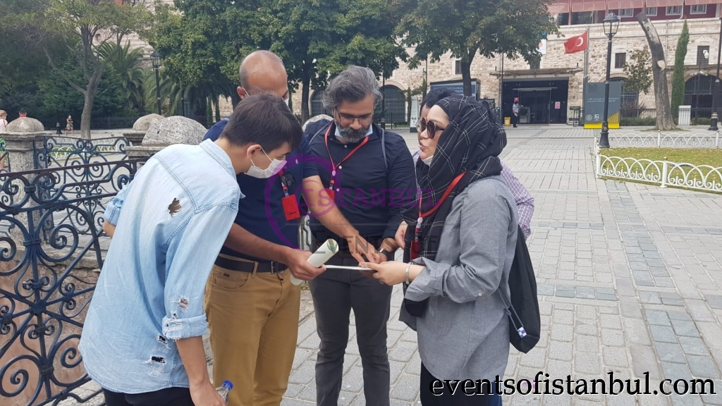 treasure hunt scavenger team building games in istanbul